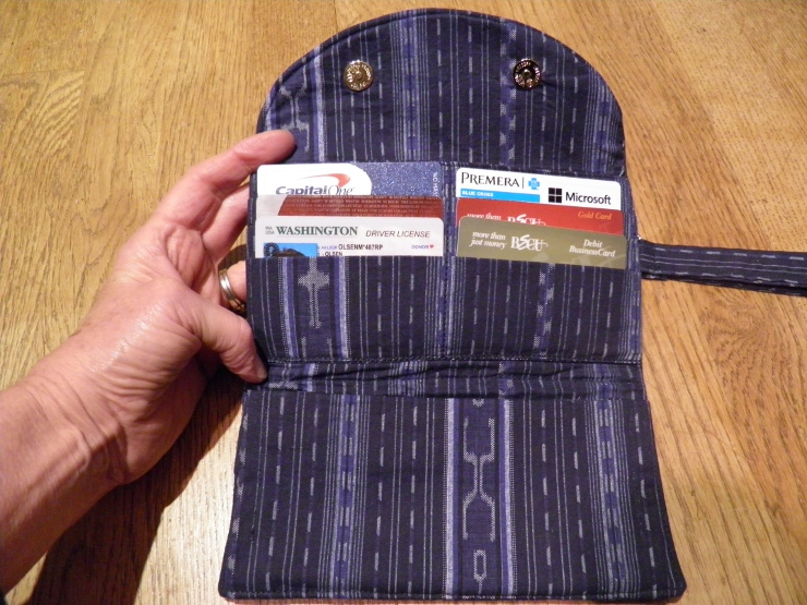credit card slots in wallet