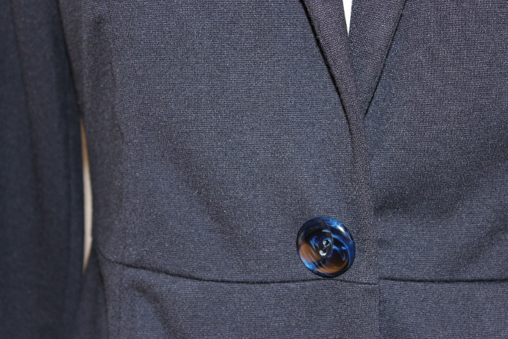 Style Arc Marni Jacket (button closeup) made by Sew Maris