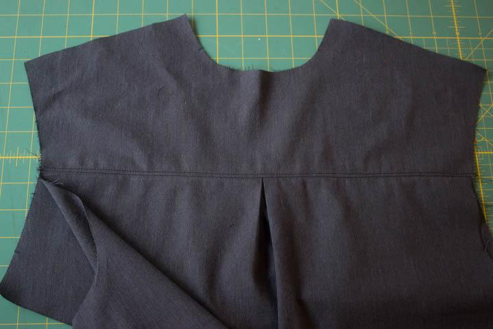 Grainline Archer Sew Along by Sew Maris