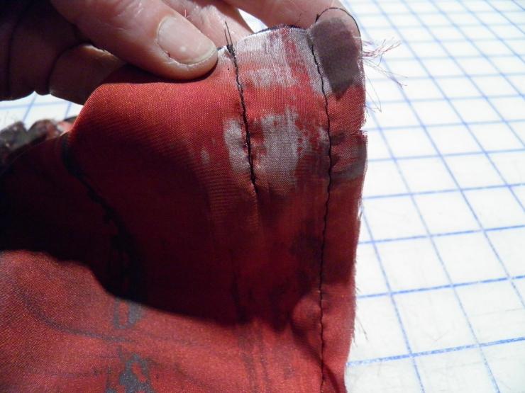 Lining pleat closeup